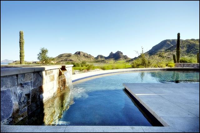 Danzante pool-spa
